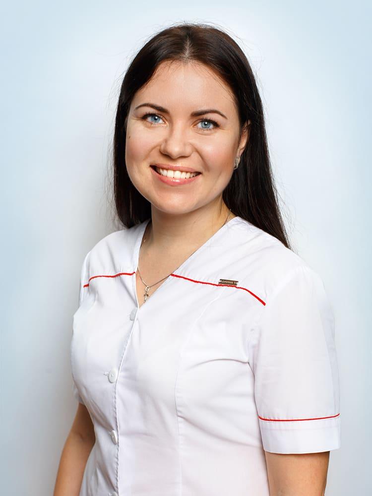 Bocharova-Elena-Aleksandrovna-assistent-vracha-stomatologa